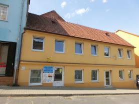 Prodej, nájemní dům, 260 m2, Kladno