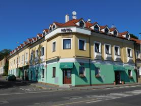 Prodej, hotel, 1085 m2, Praha 9 - Prosek