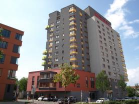 Pronájem, byt 1+kk, 42 m2, Praha 4, ul. Antala Staška