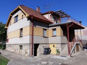 Prodej, rodinný dům 5+1, 896 m2, Lochovice