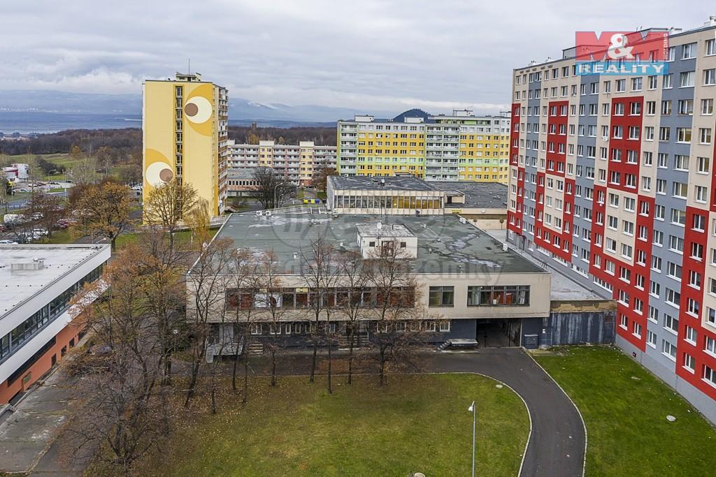 Prodej obchod a služby, 1577 m2, Most, ul. Topolová