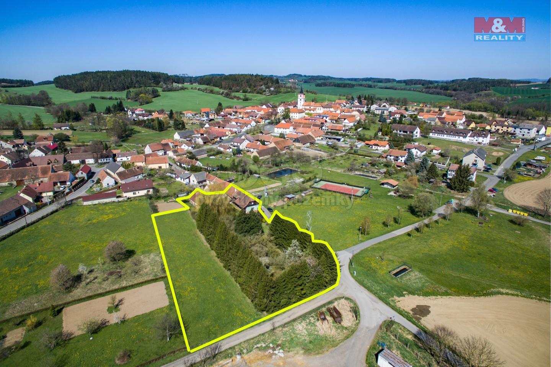 Prodej rodinného domu, 4238 m², Volenice