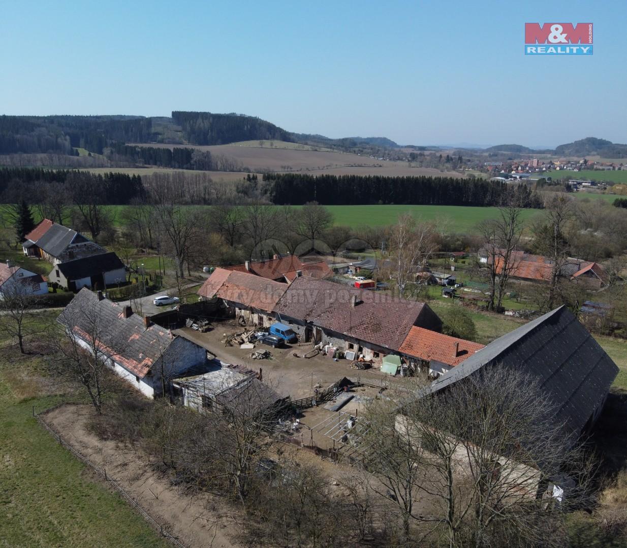 Prodej zemědělského objektu, 15680 m², Neveklov