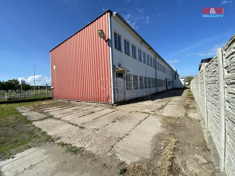 Pronájem skladu, 225 m², Slaný, ul. Politických vězňů