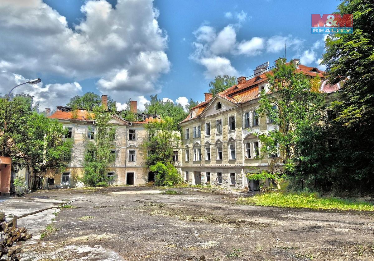 Prodej obchodního objektu, 2607 m², Karlovy Vary