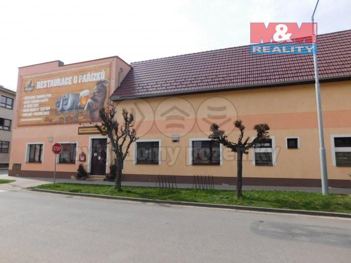 Pronájem restaurace, 746 m², Městec Králové, ul. Svatojánská