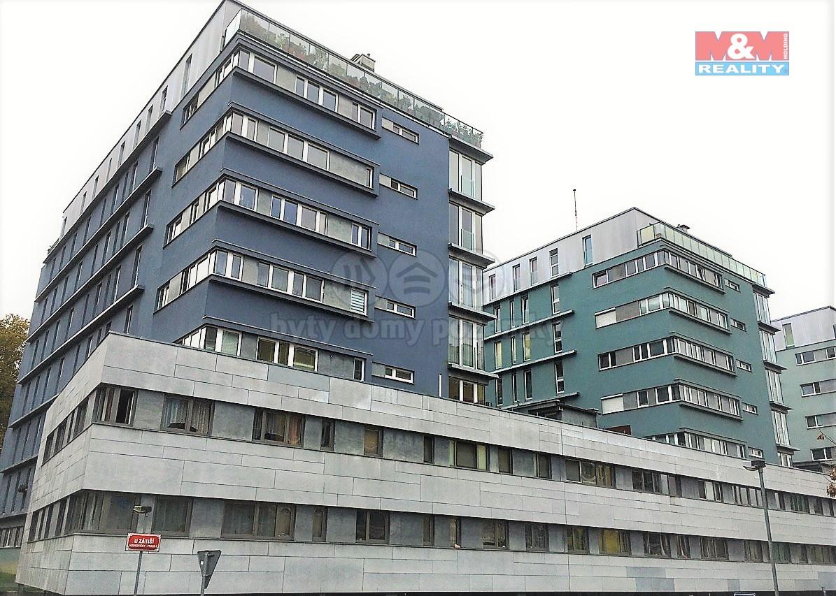 Pronájem bytu 1+kk, 42 m2, v Praze 4, ul. U Zátiší