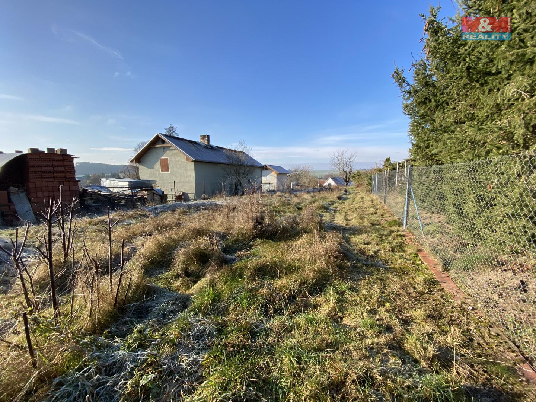 Prodej pozemku, 669 m², Chrášťany
