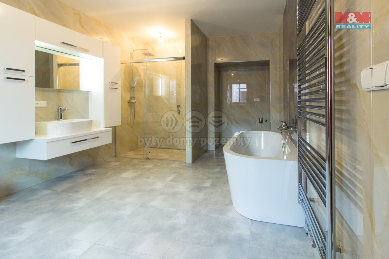 Prodej bytu 4+1, 240 m², Praha, ul. Na cihelně