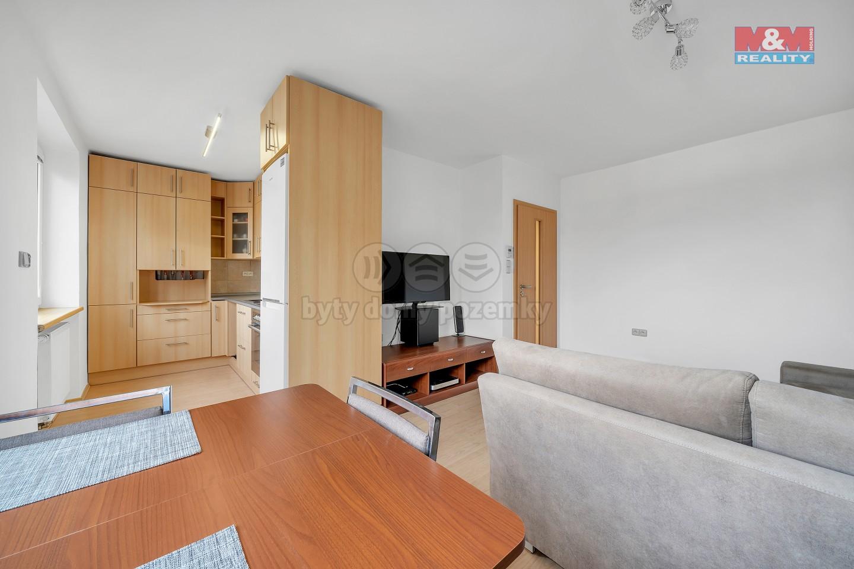 Prodej bytu 3+kk s garáží, Hradec Králové, Malšovice