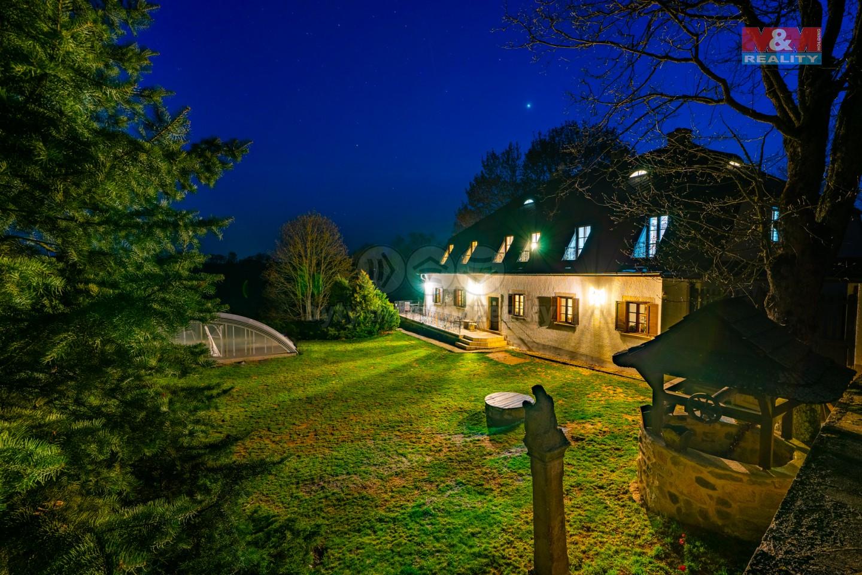 Prodej hotelu, penzionu, 3730 m², Rozvadov