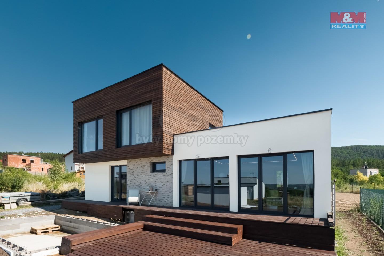 Prodej, rodinný dům, 220 m2, Halouny - Beroun