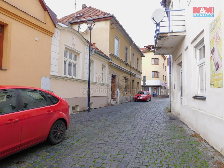 Pronájem bytu 3+1 v Poděbradech, ul. Turinského