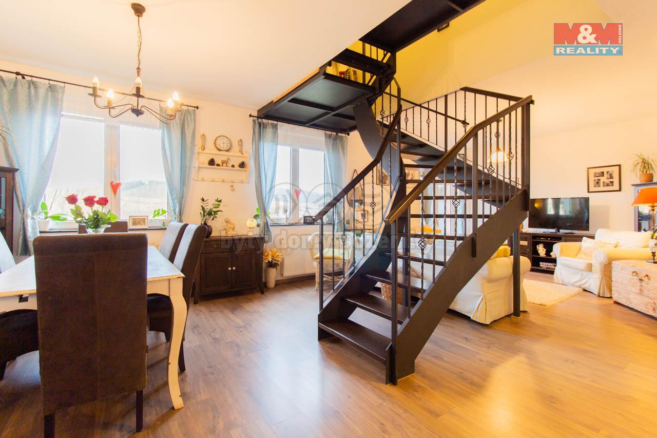 Prodej mezonetového bytu 4+kk, 124 m², Sušice, ul. Pod Lesem