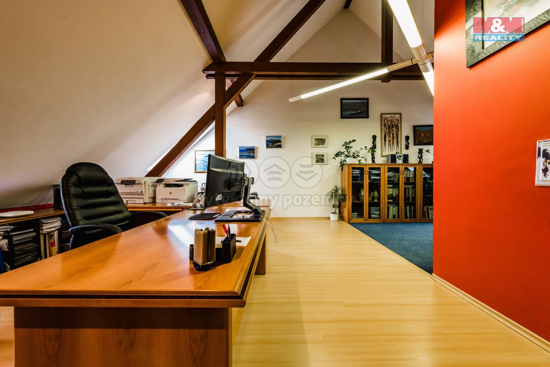 Prodej rodinného domu, 311 m², Tábor, ul. Komenského