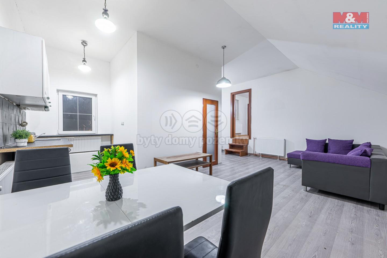 Pronájem bytu 2+kk v Tlučné, 80 m2, ul. Hlavní