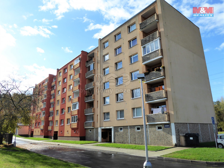 Prodej bytu 2+1, 58 m², Loket, ul. Sportovní