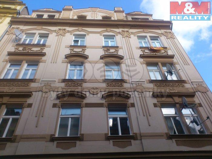 DSC_0755 (Pronájem, byt 2+1, 64 m2, Karlovy Vary - centrum), foto 1/13