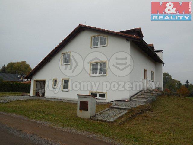 DSCN4360 (Prodej, rodinný dům 7+2, 280 m2, Přehýšov), foto 1/47