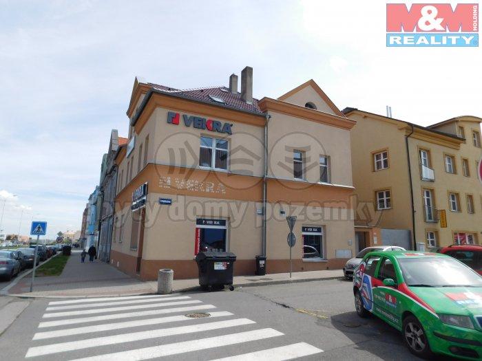 DSCN4183 (Prodej, kancelářské prostory, 900 m2, Kladno, ul. Čs. armády), foto 1/8