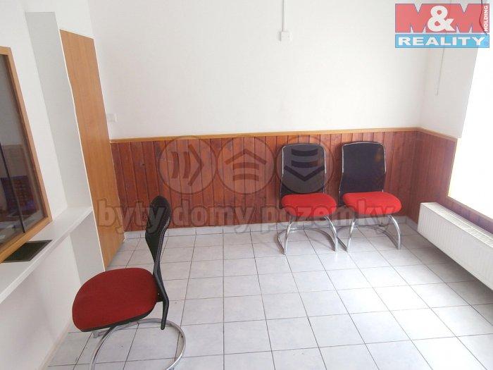 místnost pro klienty 2 (Pronájem, obchod a služby, 68 m2, Ostrava - Mariánské Hory), foto 1/12