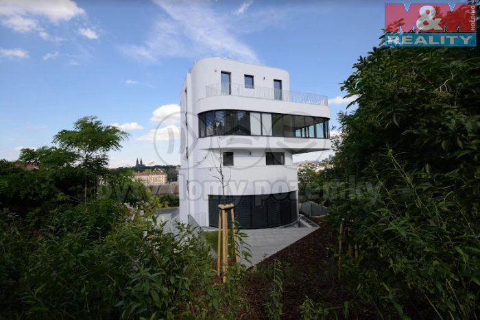 villa v zeleni (Prodej, byt 2+kk, 104 m2, Praha 5 - Smíchov), foto 1/10