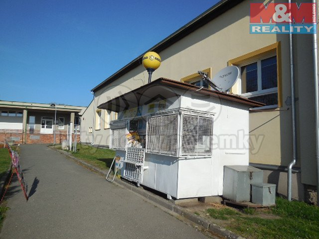 DSCN5199 (Prodej, novinový stánek, Heřmanova Huť, ul. Mírové náměstí), foto 1/9