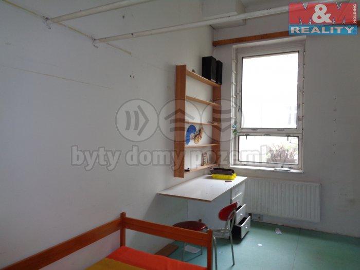 DSC00398 (Pronájem, byt, 3+1, 157 m2, Brno, ul. Svitavská), foto 1/9