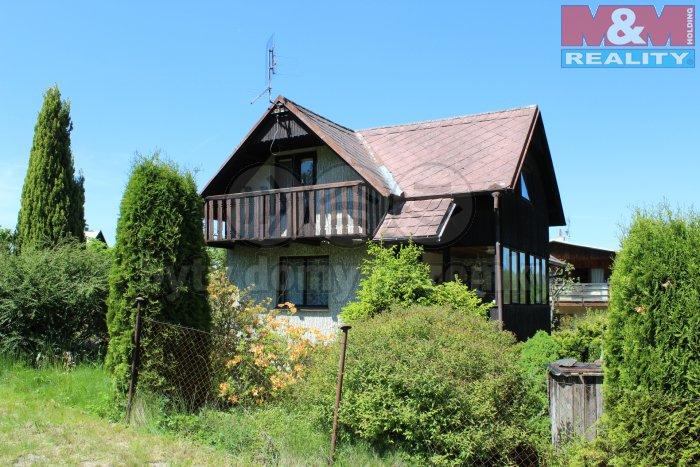 Hlavní foto (Prodej, chata 4+1, 921 m2, Malý Chlumec), foto 1/33