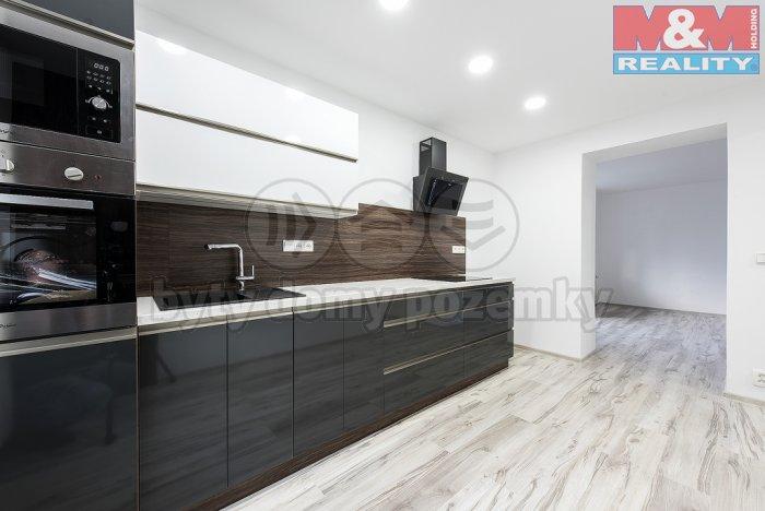 Kuchyně  (Prodej, byt 3+1, 77 m2, DV, Teplice, ul. Aloise Jiráska), foto 1/16