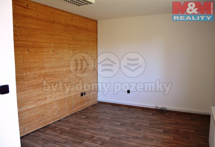 DSC_0805 (Pronájem, komerční prostory, 18 m2, Jablunkov), foto 1/5