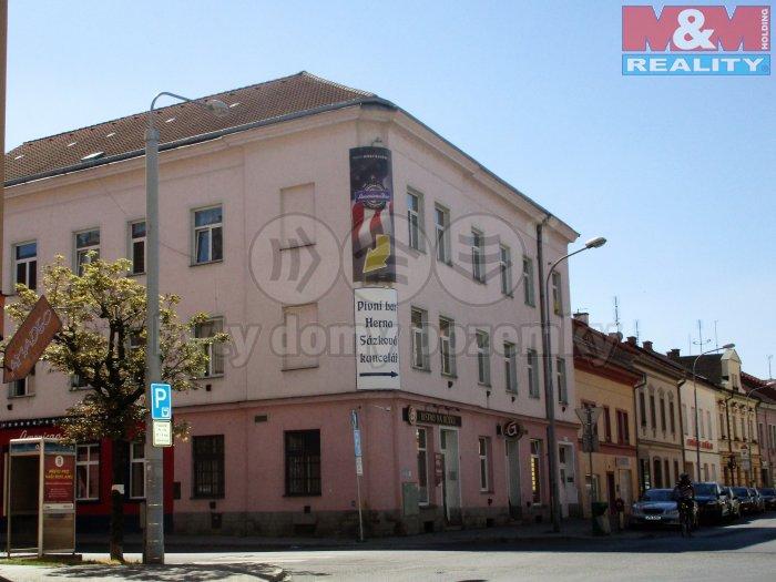 IMG_0385 (Pronájem, restaurace, 124 m2, Plzeň - Roudná), foto 1/8