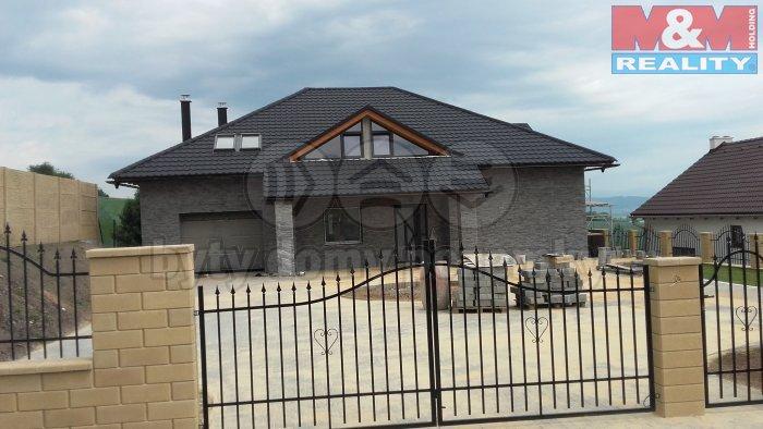 Prodej, rodinný dům 7+2, 1297 m2, Vyšehorky