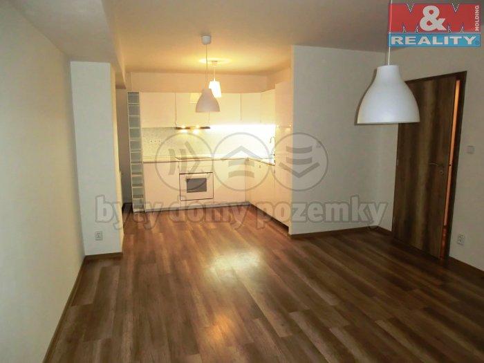 CIMG8094 (Prodej, byt 3+1, 64 m2, Ostrava - Zábřeh, ul. Výškovická), foto 1/27