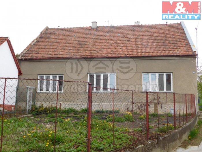 DSCN3589 (Prodej, rodinný dům 4+1, 803 m2, Přemyslovice), foto 1/4