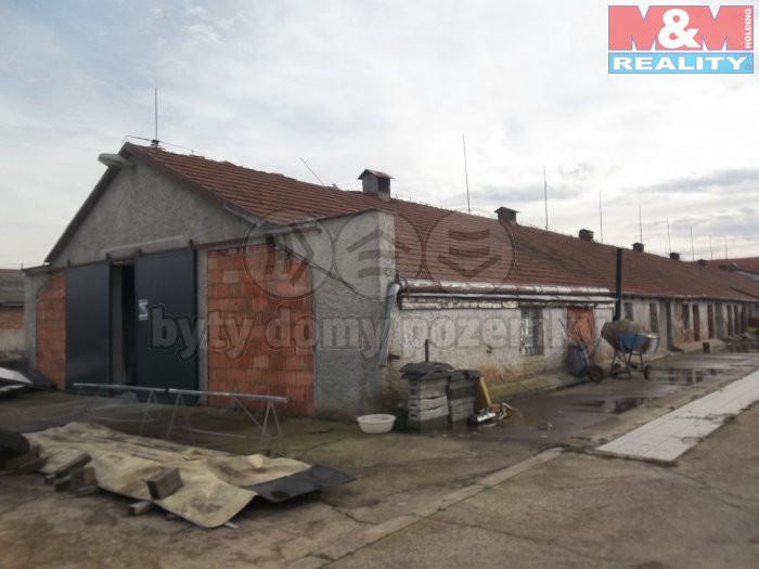 Prodej, zemědělský objekt, 870 m2, Prasek