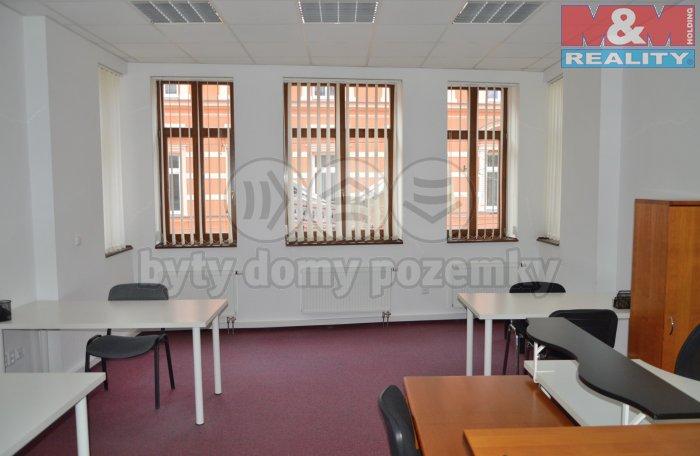 Kancelář číslo 2 (Pronájem, kancelářský prostor, 60 m2, Teplice, ul. U Nádraží), foto 1/7