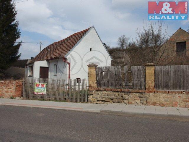 P3300512 (Prodej, rodinný dům 2+kk, 1152 m2, Stradonice), foto 1/26