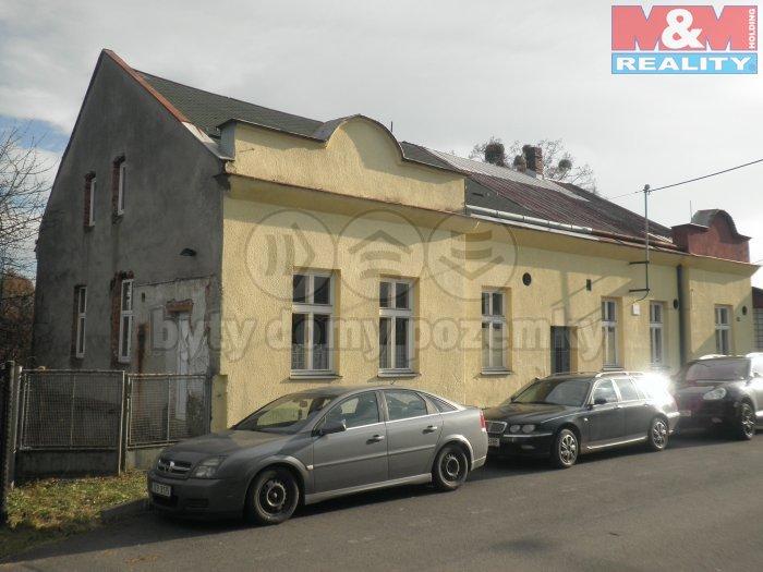 Dům zvenčí (Prodej, rodinný dům, Ostrava - Michálkovice), foto 1/37