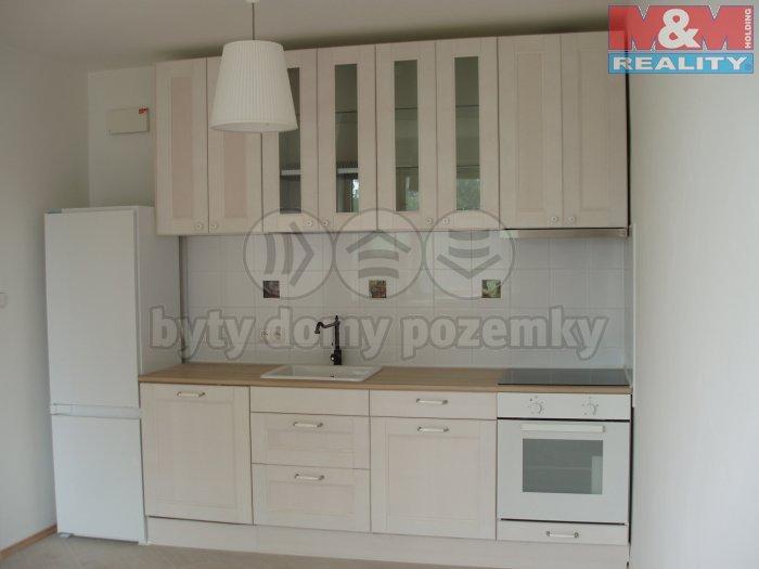 P6030739 (Pronájem, byt 1+kk, 45 m2, Kopřivnice, ul. Česká), foto 1/5