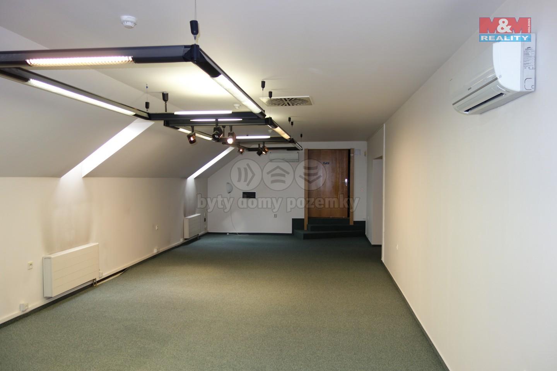 Pronájem, kancelář, 141 m2, Hradec Králové - centrum