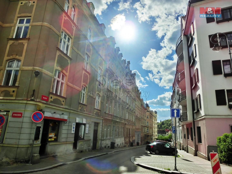 Prodej, byt 2+1, 36 m2, Karlovy Vary