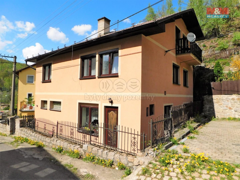 (Prodej, Rodinný dům, 8 + kk, 76 m2, Loket, ul. Tovární), foto 1/39