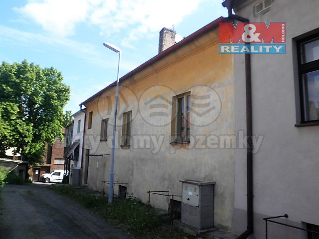 Prodej, rodinný dům, garáž,Třebívlice