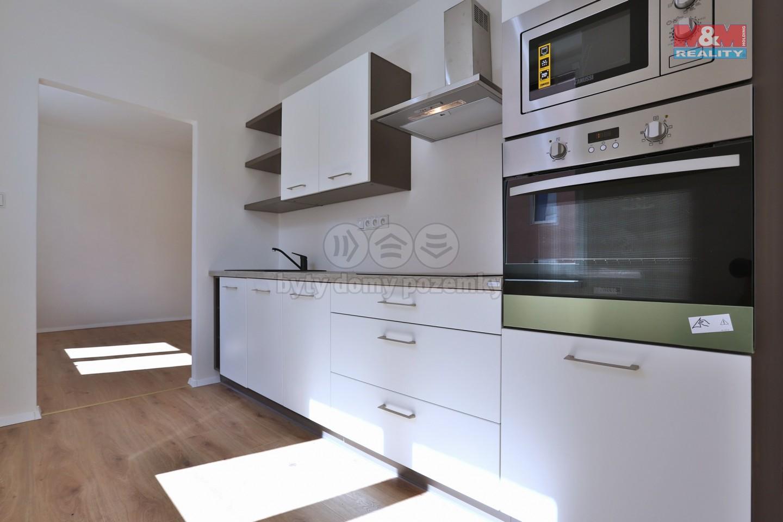 Prodej, byt 2+1, 50 m2, Plzeň, ul. Petřínská