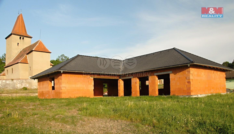 (Prodej, rozestavěný rodinný dům, 230 m2, Milhostov), foto 1/10