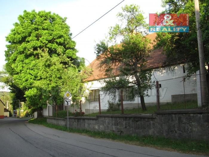 IMG_9609 (Prodej, chalupa, 1714 m2, Zálezly), foto 1/24