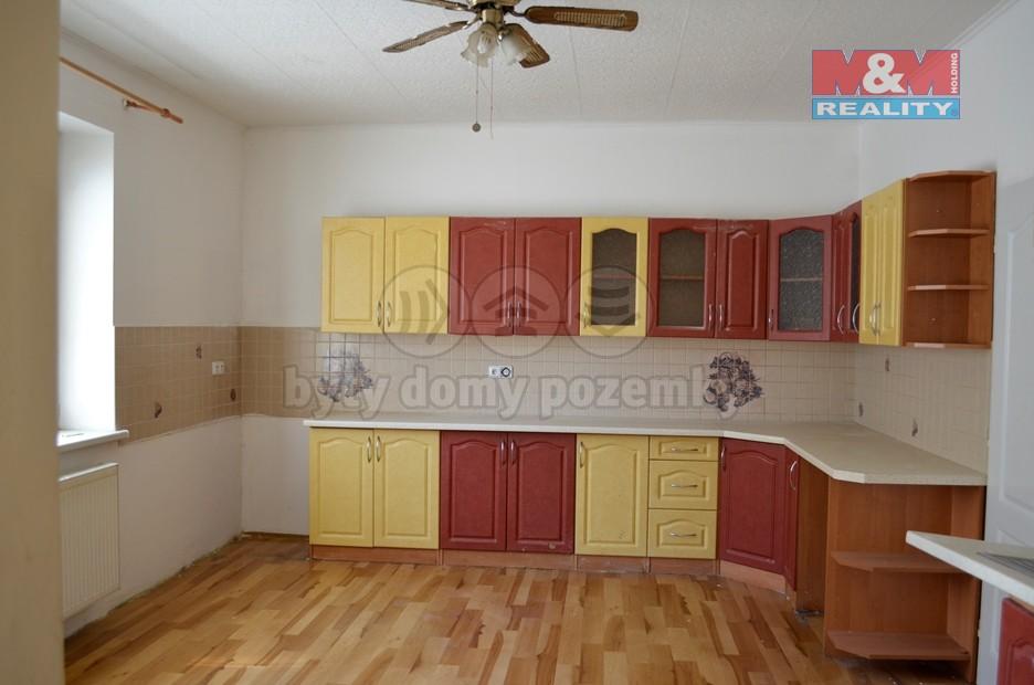 Prodej, rodinný dům 5+1, 499 m2, Šumperk