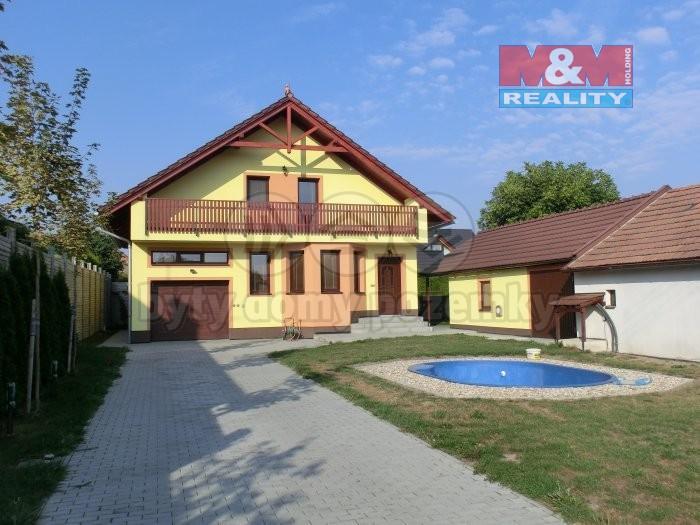 CIMG4964 (Prodej, rodinný dům 5+1, 560 m2, Pardubice - Nemošice), foto 1/40