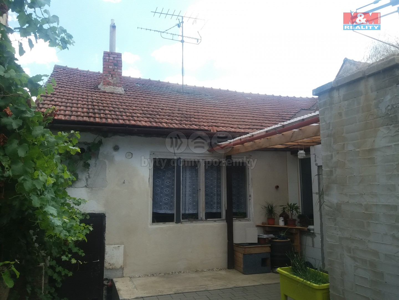 Prodej, rodinný dům 3+1, 655 m2, Lovčičky